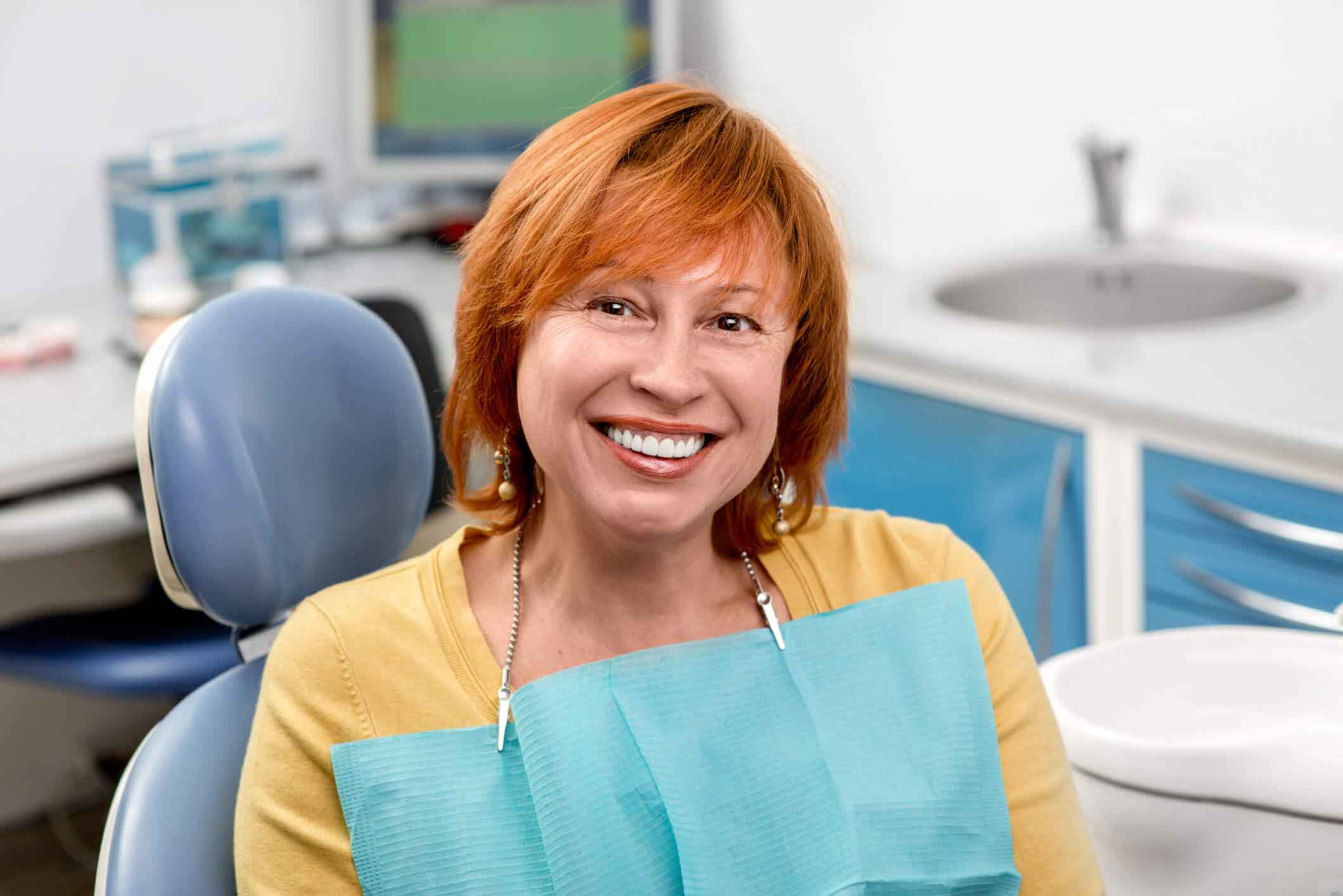 Dental Implants vs. Dentures – Why Should I Choose Implants?
